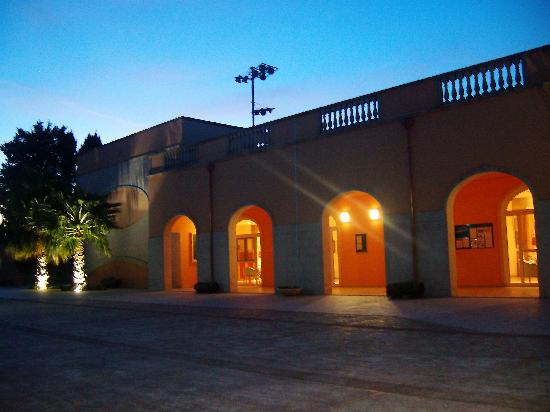 Dolmen Sport Resort: le resto le soir