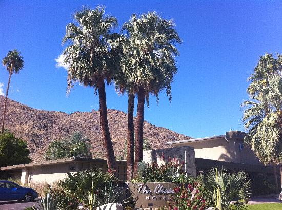 The Chase Hotel of Palm Springs: From the street
