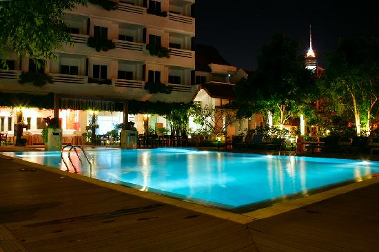 Sea Orchid: The pool by night, with the waterfalls in operation.