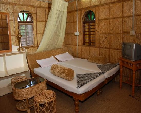Ashtamudi Homestay: Big Bamboo Room