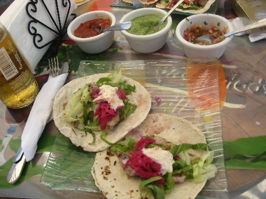 Teo Restaurant Bar And Grill : fish tacos