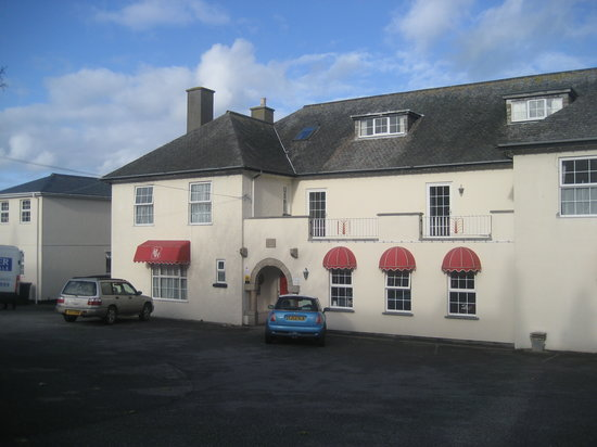Priory Lodge Hotel : front of hotel