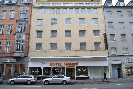 Monopol Hotel: Fachada Hotel Monopol