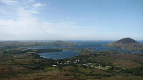 Connemara National Park : From the Top of Diamond Hill