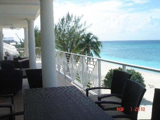 Caribbean Club Luxury Boutique Hotel: Huge terrace (theres another corner too :]  )
