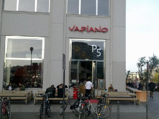 vapiano on potsdamer platz picture of vapiano berlin tripadvisor. Black Bedroom Furniture Sets. Home Design Ideas