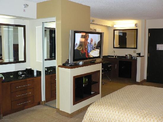 Hyatt Place Colorado Springs: Overall view of room
