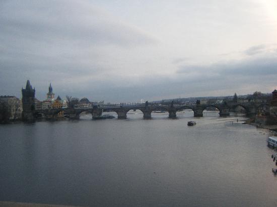 Residence Verona: charles bridge