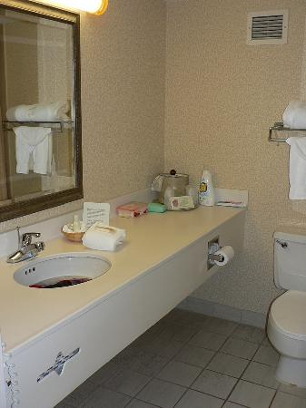 Radisson Hotel Cheyenne: Bathroom