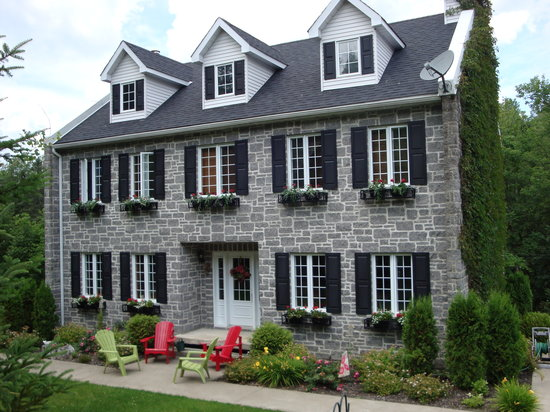 Morin Heights, Canadá: Confort & Serenite B & B