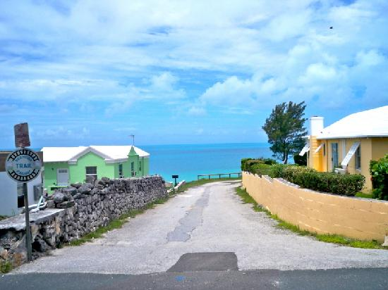 The St. George's Club: Bermuda homes along the old railway