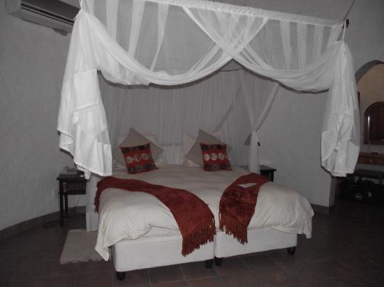 Zululand Safari Lodge: Our hut
