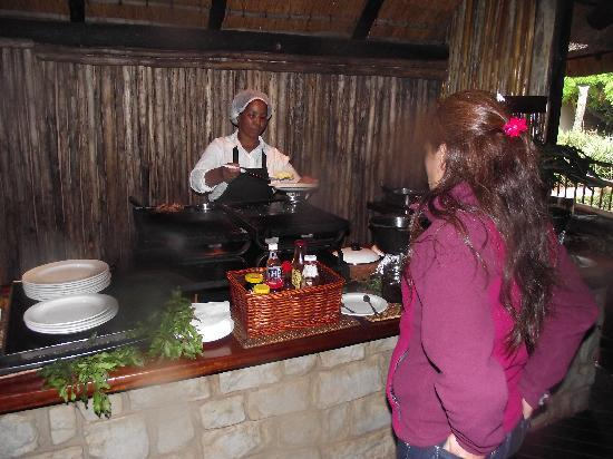 Zululand Safari Lodge: Breakfast!
