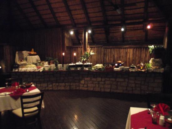 Zululand Safari Lodge: Restaurant