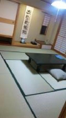 Fukumatsu: 新館はきれいな部屋です