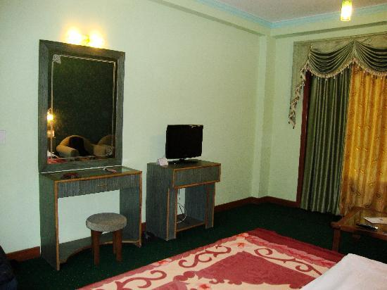 The Royal Regency: Room Snap 4
