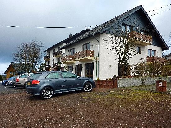 Hotel zur Burg: Accommodation area