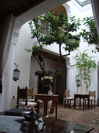 Riad les Orangers d'Alilia Marrakech : Courtyard