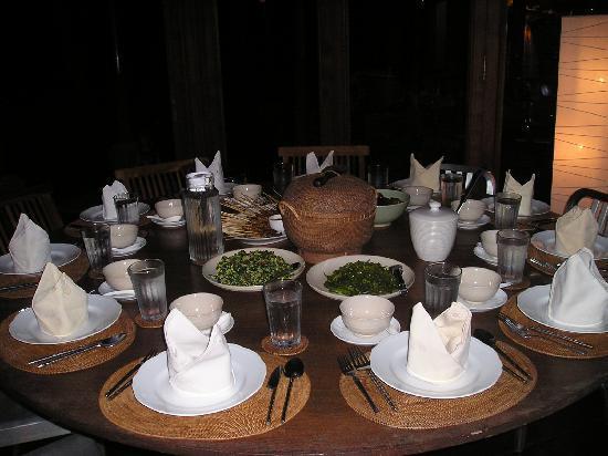 Puri Tupai: dinner - selamat makan!
