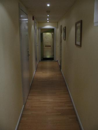 Hotel Tre Sma Rum : hallway