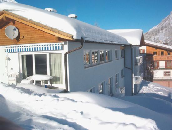 Lech, Austria: Haus Aussen