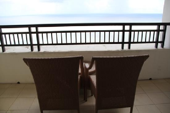 Pacific Islands Club Guam: Balcony