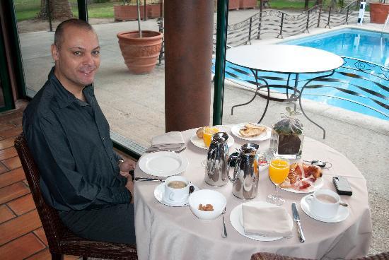 La Villa Duflot: Petit Déjeuner à la Villa, Michel Bugeia