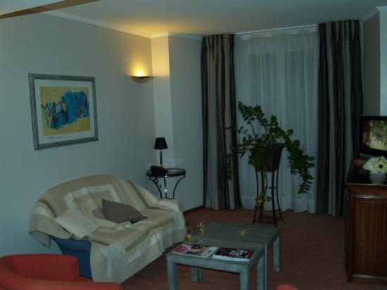 Amarante Cannes Hotel: le petit salon