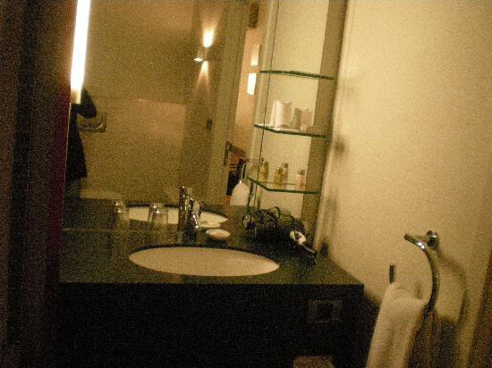 Hotel Verlooy: La salle de bain