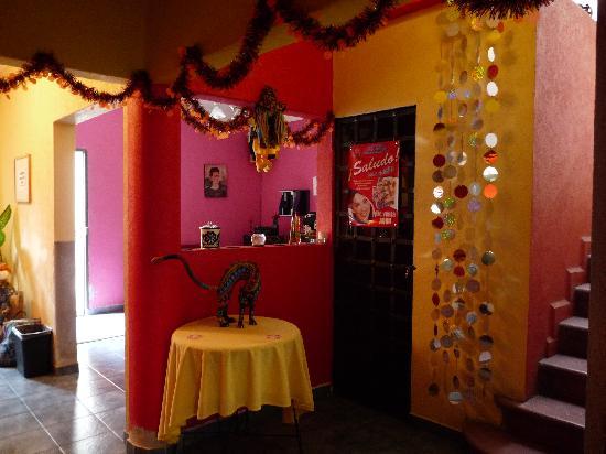 Hostel Moneda : Reception area