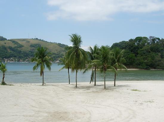 Pousada Manaca Inn: Playa en el centro de Angra dos Reis