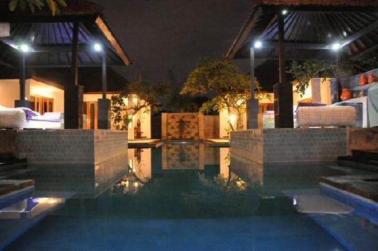 Villa Andaman : c'est pas du reve ? un ptit bain avant de se coucher