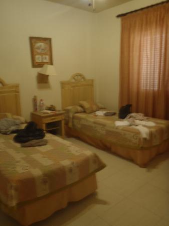 Green Garden Resort & Suites: une chambre