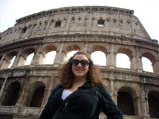 Tour in Rome: My niece at the Colosseum