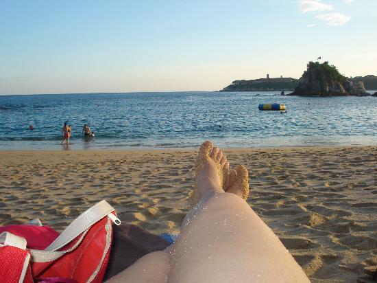 Dreams Huatulco Resort & Spa: Vista desde uno de los camastros