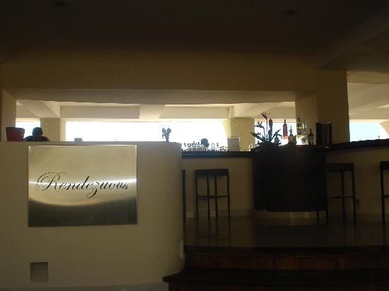 Dreams Huatulco Resort & Spa: Bar del Lobby