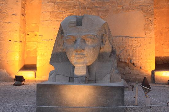 Nile Blue Excursions : Luxor Temple at night