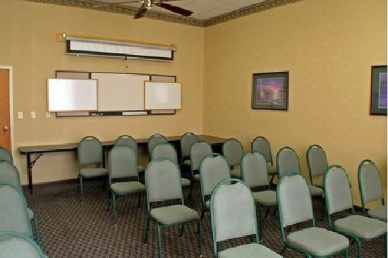 Best Western Inn & Suites - Monroe: Meeting Room perfect for small classes, depositions, boardroom meetings.