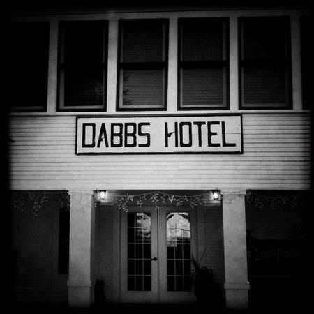 Dabbs Railroad Hotel: Entrance