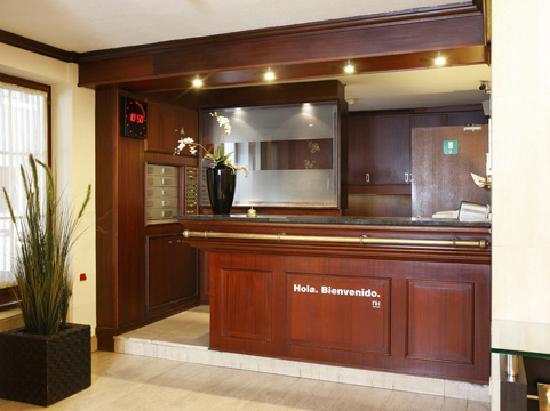 NH Mechelen: Reception