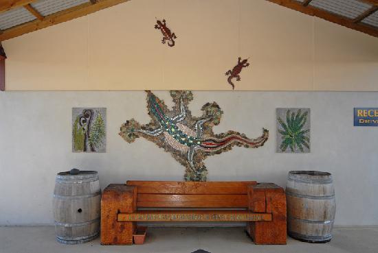 At the Rocks Motor Lodge: Artworks