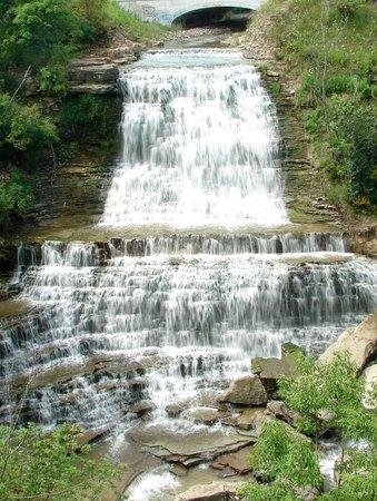 Hamilton, Canada: Albion Falls