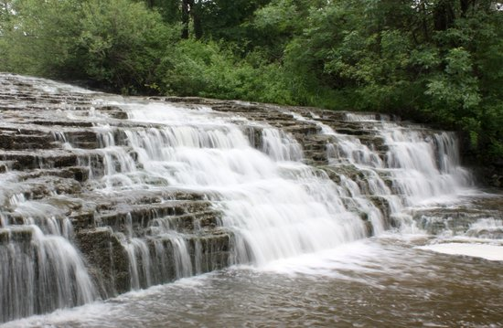 ‪Waterfalls of Hamilton‬