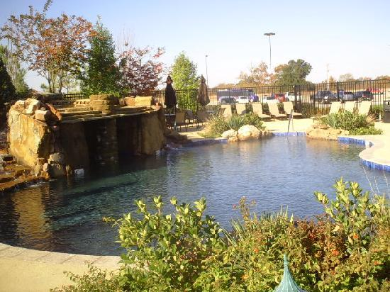 Choctaw casino resort 79 1 0 9 updated 2018 for Pool show okc