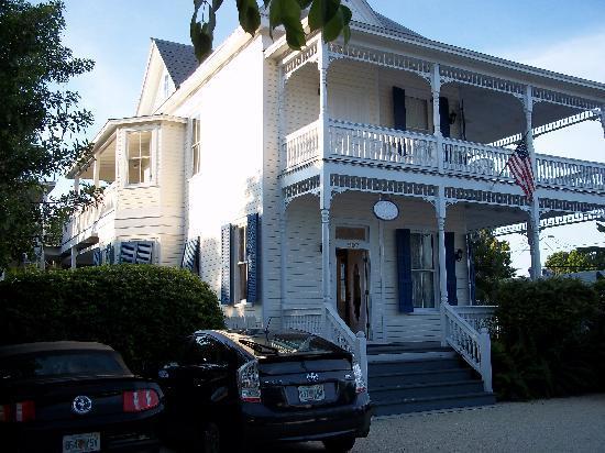 Azul Key West: von vorn, mit Parkplatz