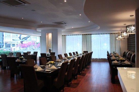 Society Lounge Makati Restaurant Reviews Phone Number Amp Photos Tripadvisor