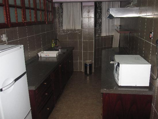 Wasini All Suite Hotel: Kitchen