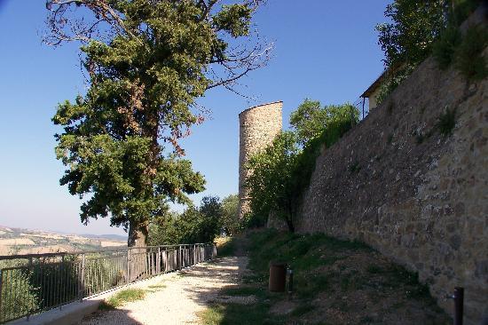 Monticchiello, Italien: Merita sempre una visita-Tutto sempre più curato