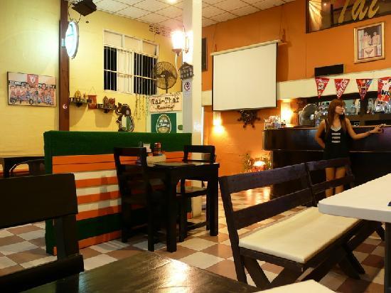 Tai-Thai: Dining area