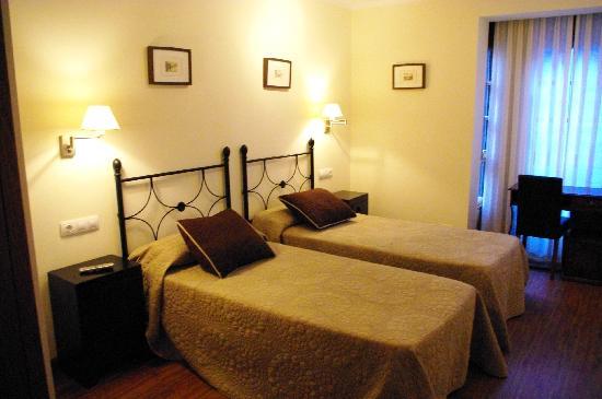 Pension Arbidel: habitacion 2 camas